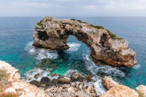 Felsenbogen bei Cala Santanyi, Insel Mallorca, Spanien