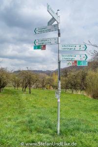 Am Wanderparkplatz Kelterwiesenweg bei Weilheim, Baden Württemberg, Deutschland
