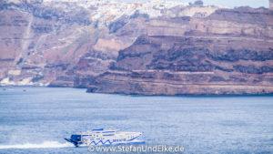 Ankunft des Katamaran auf der Kykladeninsel