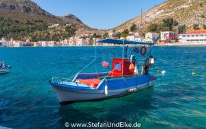Griechenland, Urlaub, Malerische Fischerboote im Hafen von Kastellorizo