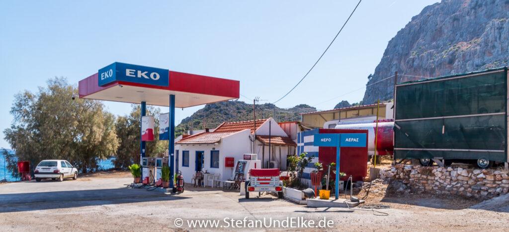 Griechenland, Urlaub, Tankstelle in Mandraki, Insel Kastellorizo